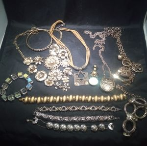 High quality department store jewelry lot